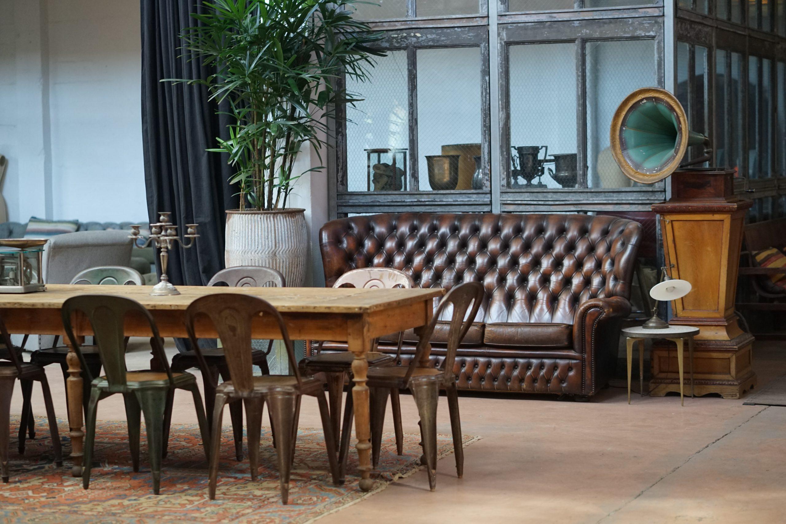 Débarrasser vieux meubles